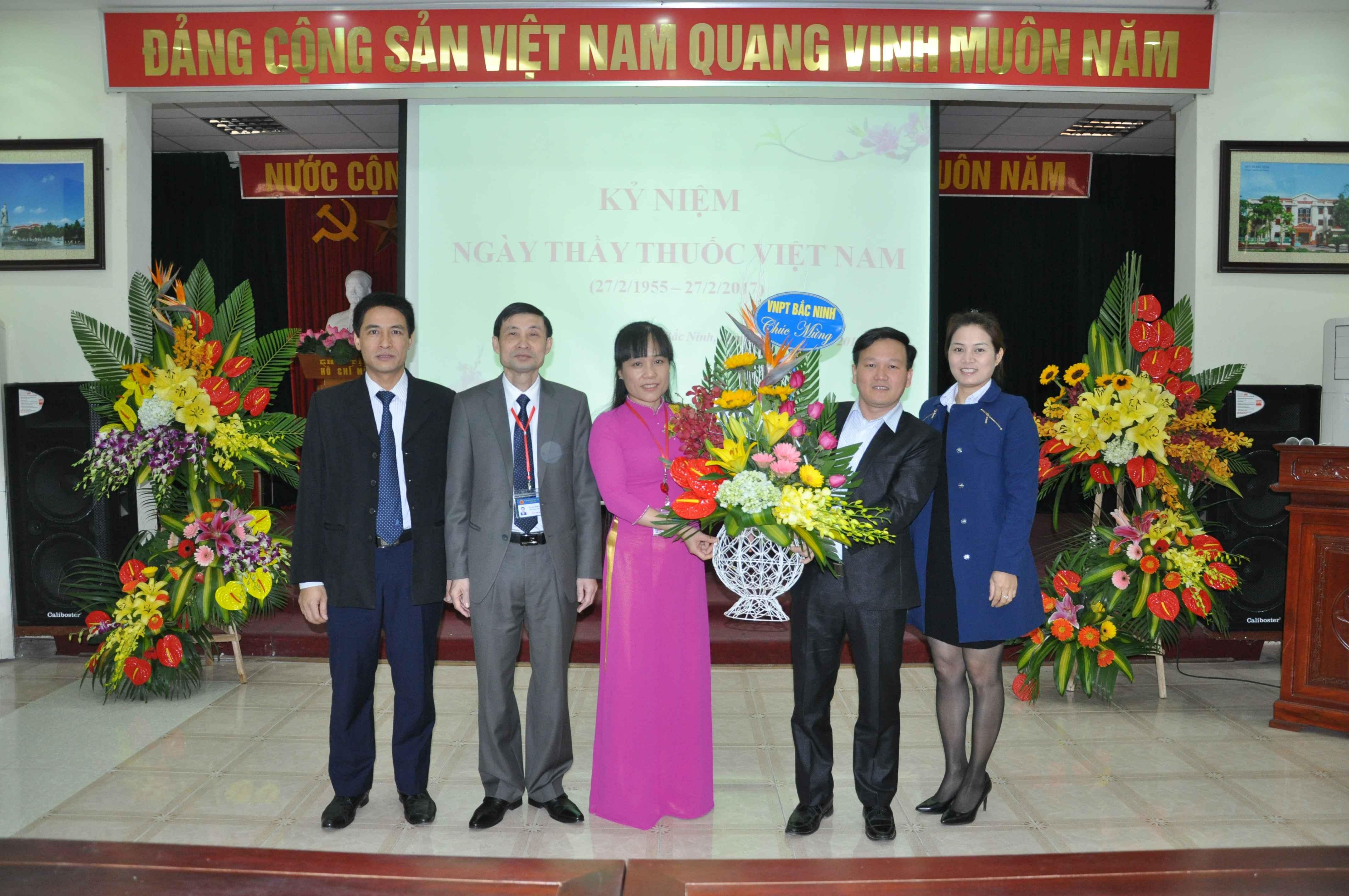 Ảnh kỷ niệm 62 năm ngày thầy thuốc Việt Nam (27-2-1955 - 27-2-2017)